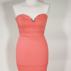 G by GUESS SALMON COLOR STRAPLESS BODY CON DRESS